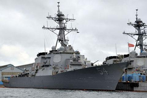 米海軍イージス艦カーティスウイルバー