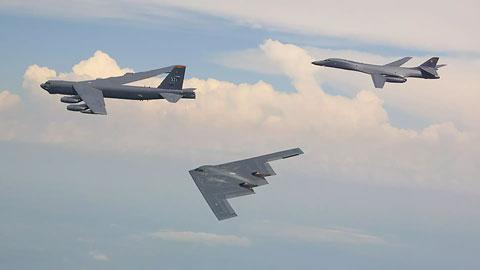 米空軍の保有する戦略爆撃機B-52、B-1、B-2