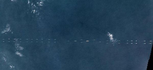 遼寧を含む中国海軍の大艦隊