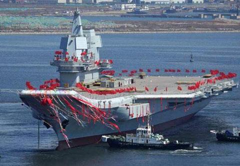 中国海軍空母001A