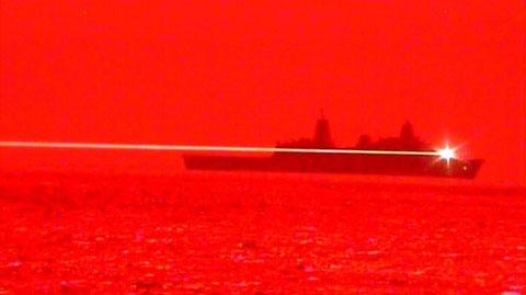 米海軍委よるレーザー砲の実験